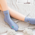 How Long Do Socks Last? When Should You Throw Them Away?